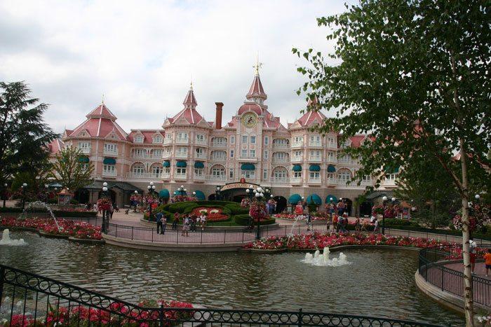 Hotelul Disneyland din Paris, Foto: en.wikipedia.org