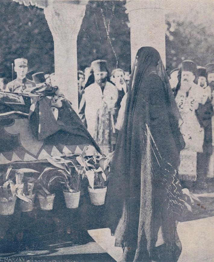 Regina Maria la inmormantarea Regelui Ferdinand I in 1927, Foto: only-romania.com