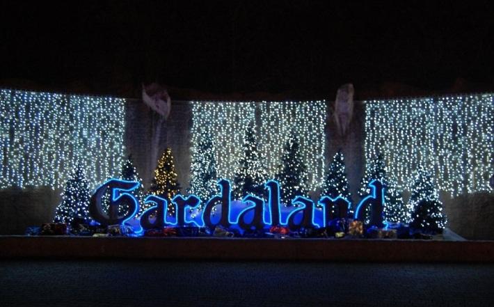 Beculete de decor din Gardaland, Foto: fashion-and-chocolate.blogspot.com