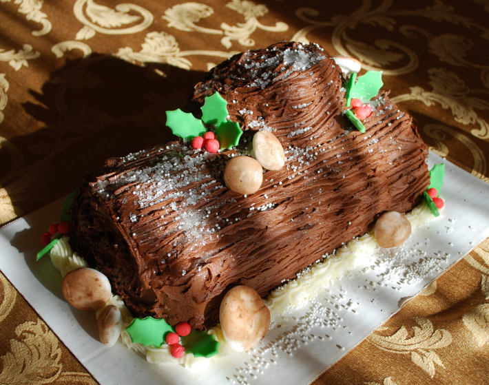 Buche de Noel, desertul traditional de Anul Nou, Foto: bistrotogoblog.wordpress.com