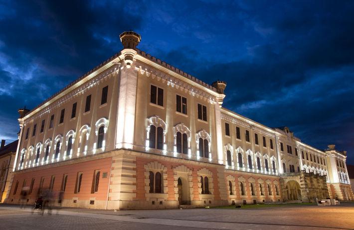 Cladirea Muzeului National al Unirii de la Alba Iulia, Foto: en.wikipedia.org