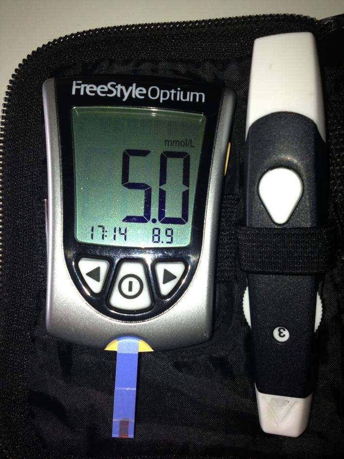 Aparat de masurat glicemia, Foto: thediabeticmedic.wordpress.com