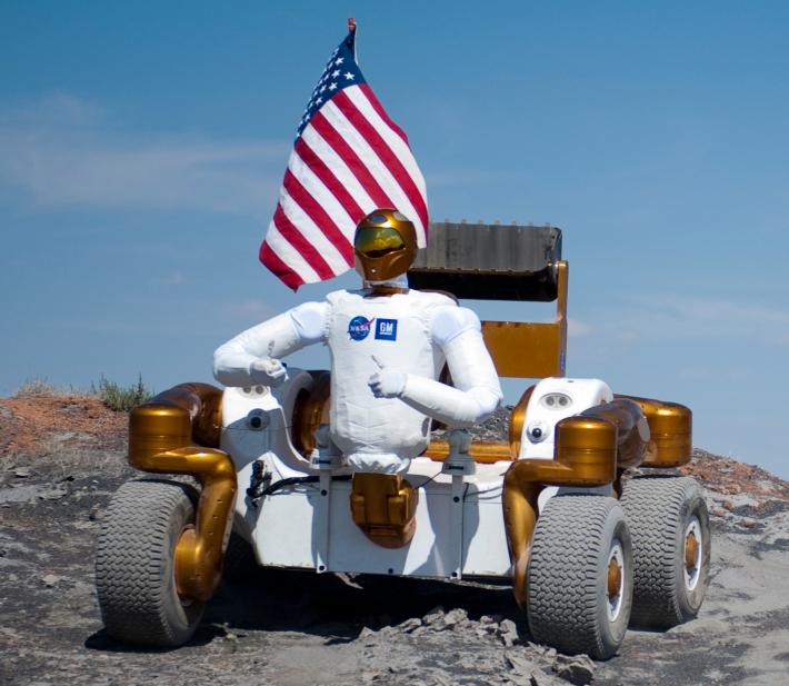 Robonaut 2 in misune, Foto: commons.wikimedia.org