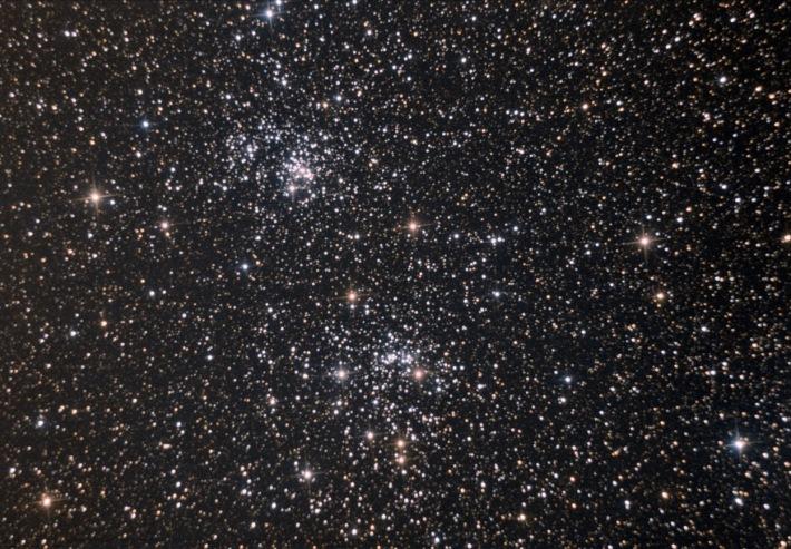 NGC 869 si NGC 884, Foto: adirondackastro.com