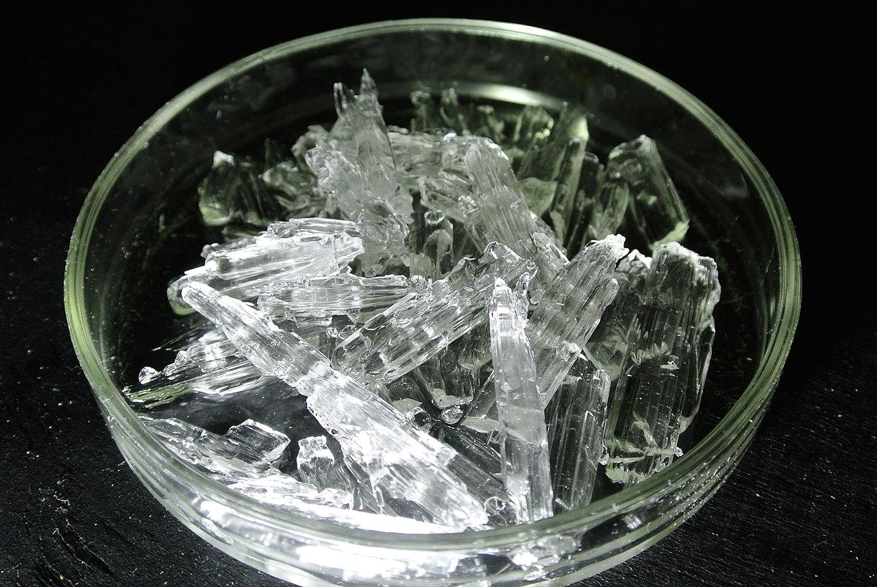 Acid sulfuric solid