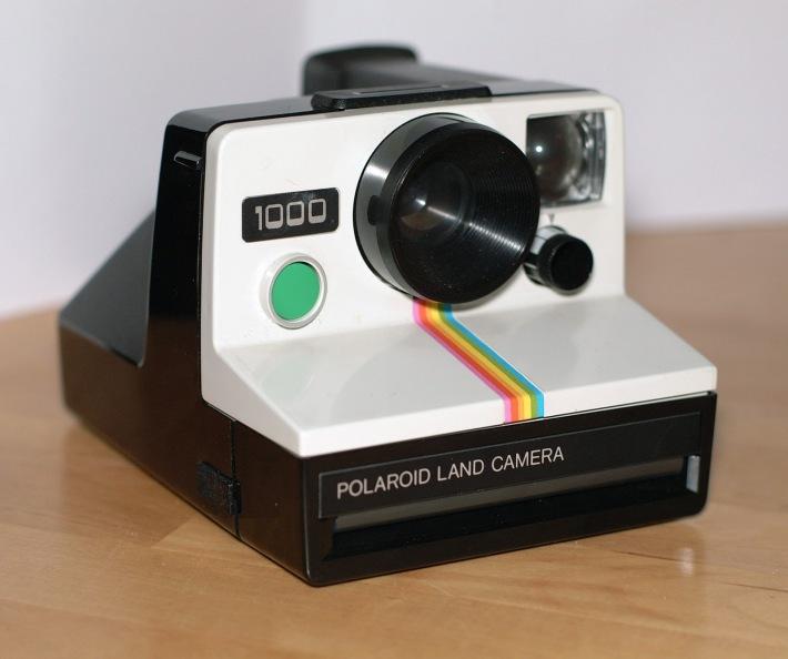 Aparat de fotografiat Polaroid, Foto: justabovethestars.blogspot.com