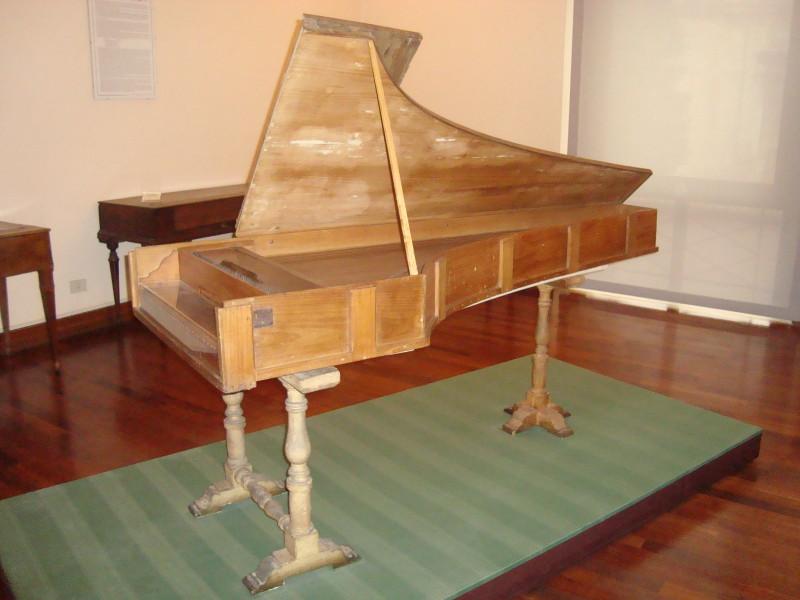 Pianul lui Cristofori din expus La Muzeul National de Instrumente Muzicale din Roma, Foto: en.wikipedia.org