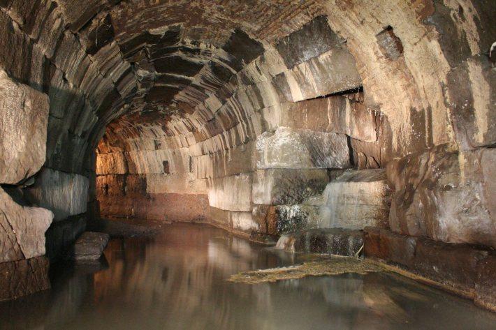 Canalul de ape reziduale Cloaca Maxima din Roma, Foto: thehistoryblog.com