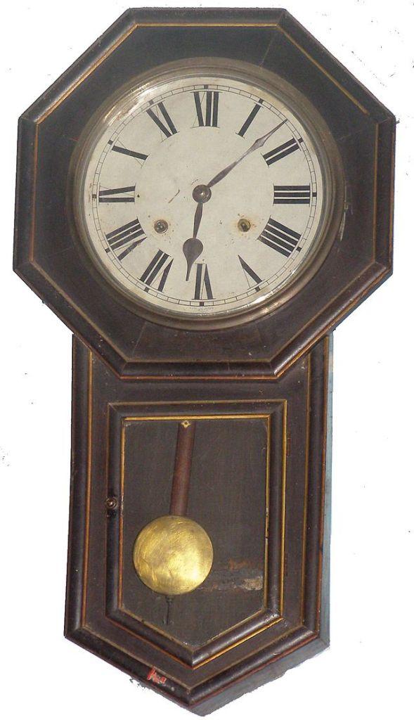 Ceas vechi cu pendul, Foto: en.wikipedia.org