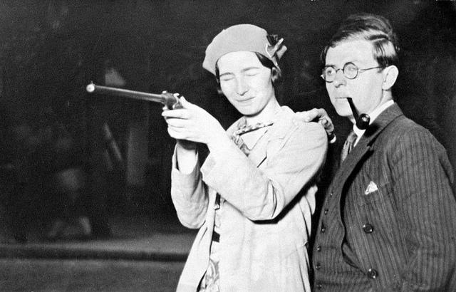 Jean Paul Sartre si Simone de Beauvoir, Foto: mujeressinfonterasysinbozal.blogspot.com