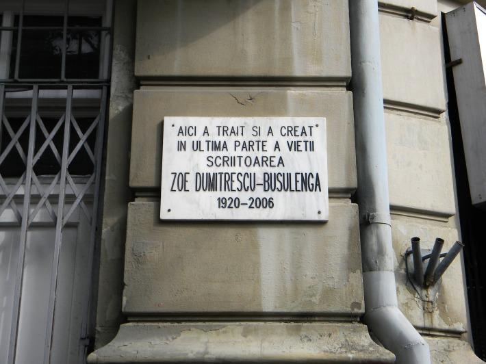 Placa memoriala a scriitoarei Zoe Dumitrescu-Busulenga, Foto: commons.wikimedia.org