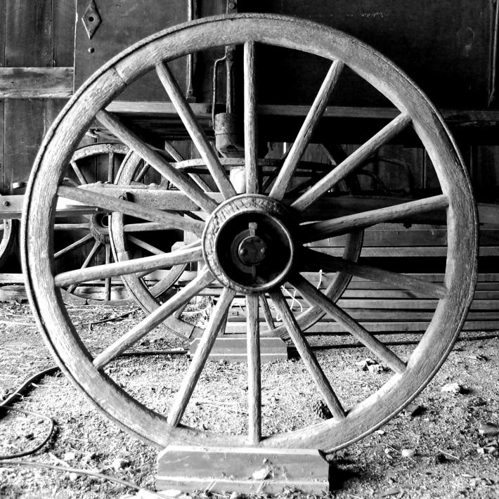 Roata de lemn folosita la carute, Foto: themechanicsinstitute.wordpress.com