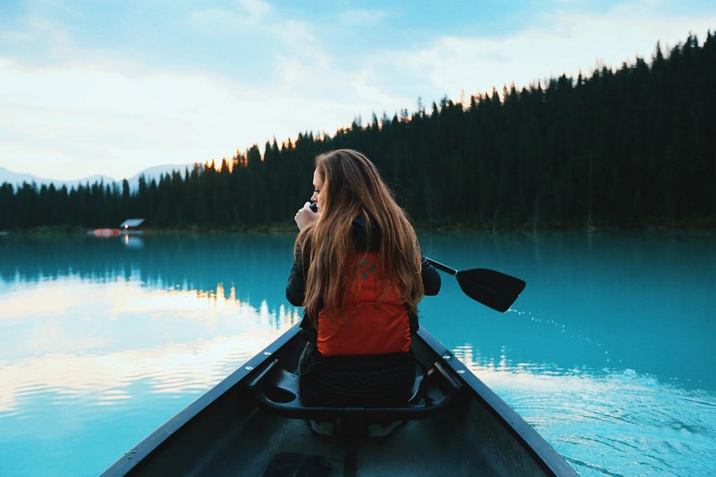 canoe pe apa