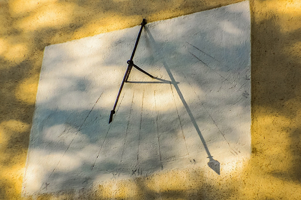 cadran solar vechi