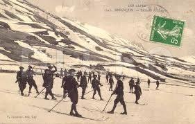 Schiori militari in Alpi (imagine pastrata pe un plic)
