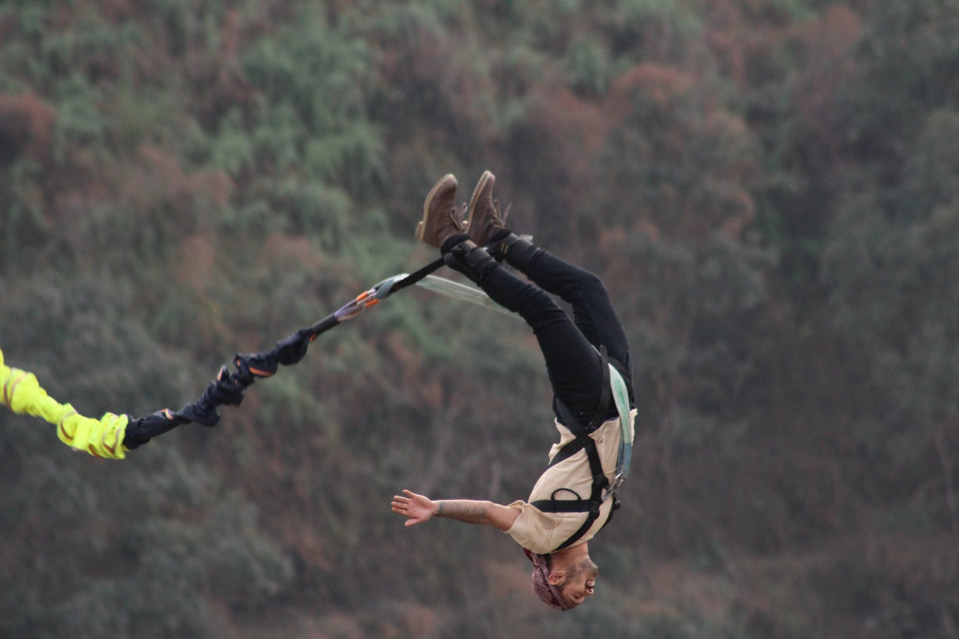 Bungee jumping11