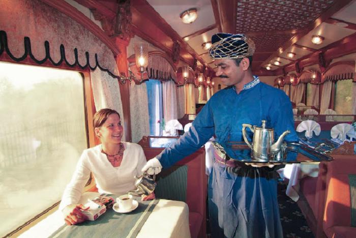 Serviciile din trenul Regal