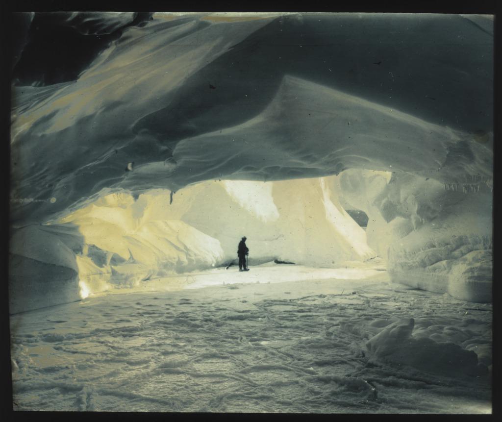 Antartica sub gheata