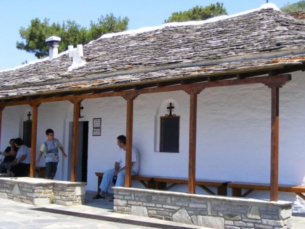 16 Paraclisul cu cuiul din Sfanta Cruce Thassos