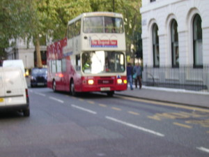 Autobuz dublu