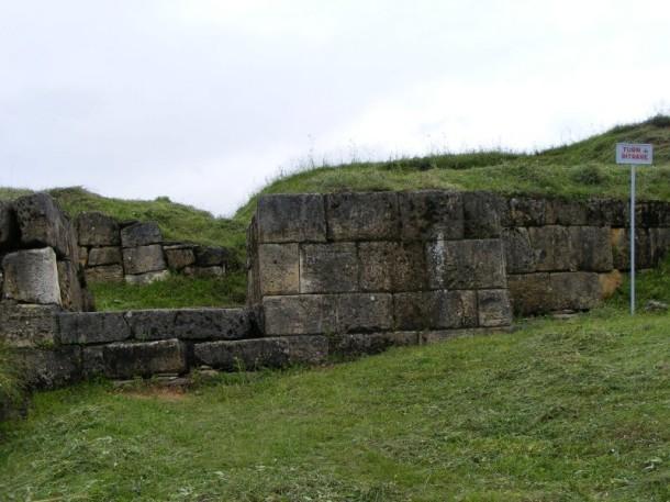 15 zidurile cetatii costesti blidaru