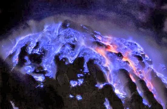 Lava albastră