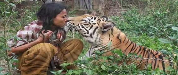 Prietenia dintre Abdullah Sholeh si tigrul Mulan