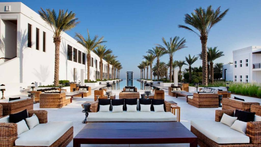 1024-The-Chedi-Muscat-Long-Pool-763731