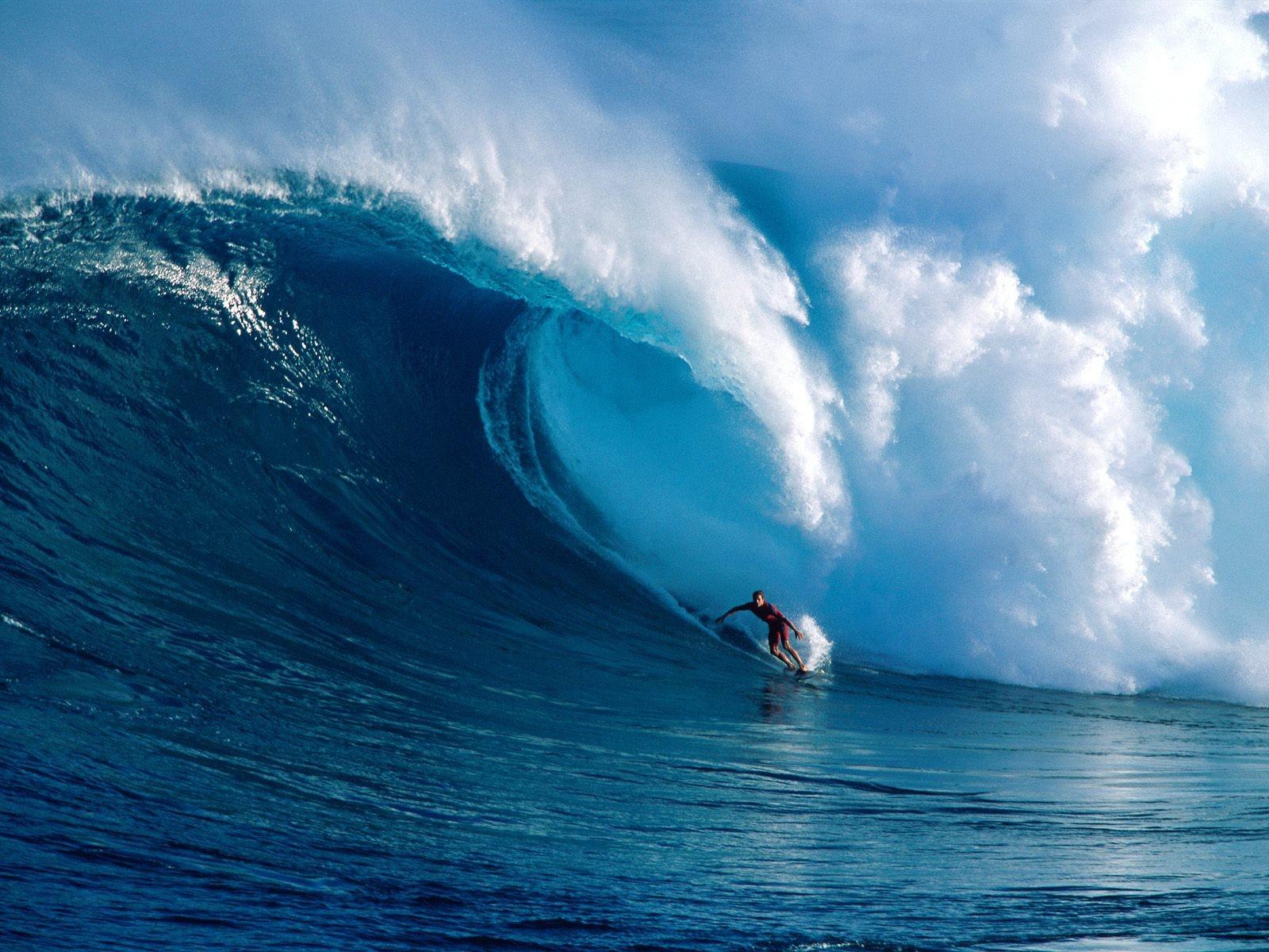 big_wave_surfing_1