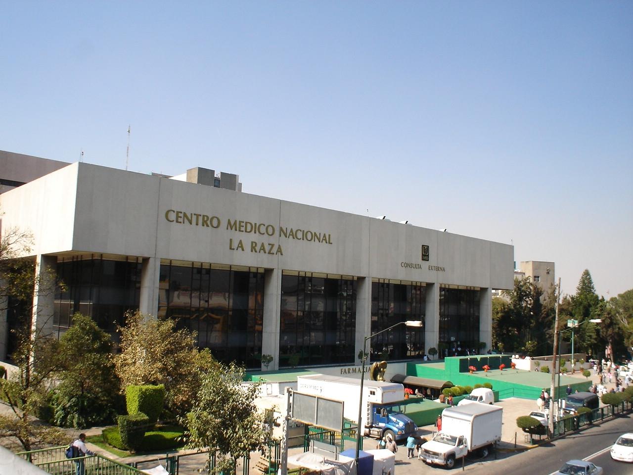 HOSPITAL_LA_RAZA_DEL_I._M._S._S.