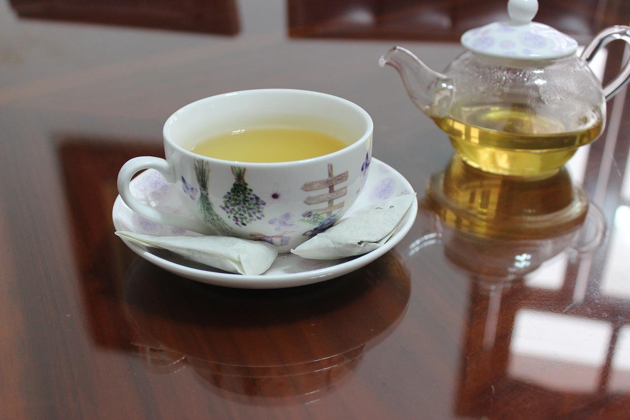 slimmarea ceaiului după amiază)