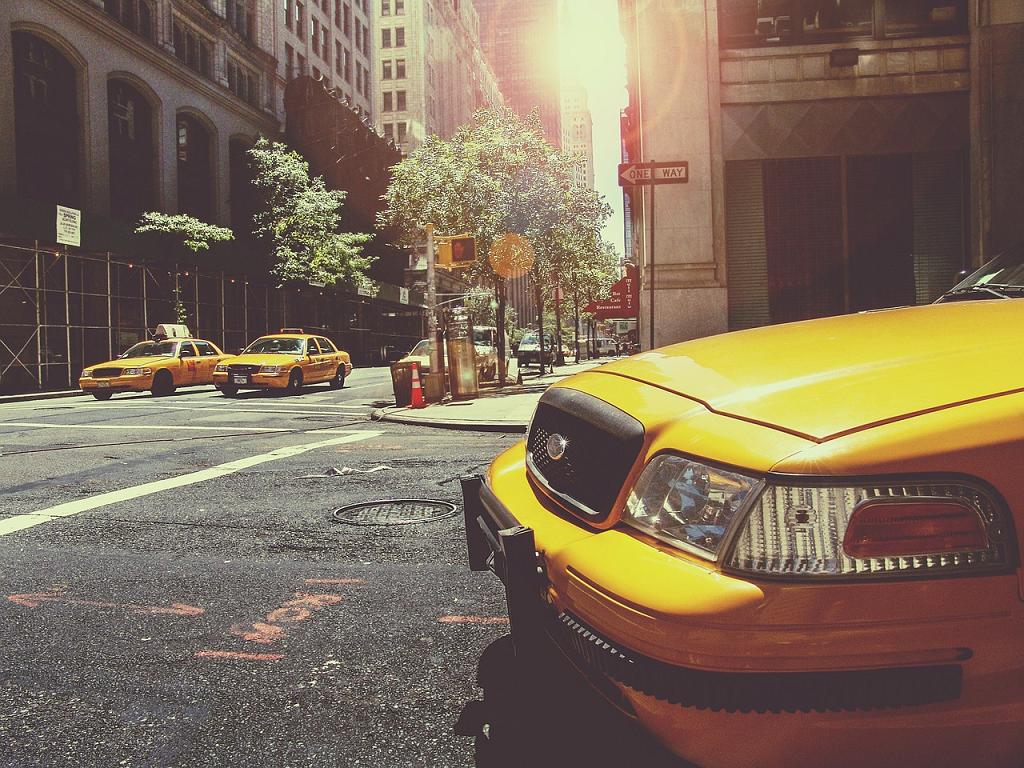 cu taxiul prin oras