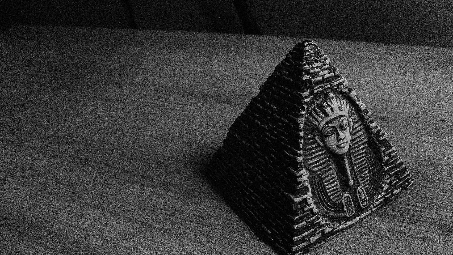 Faraonii negri1