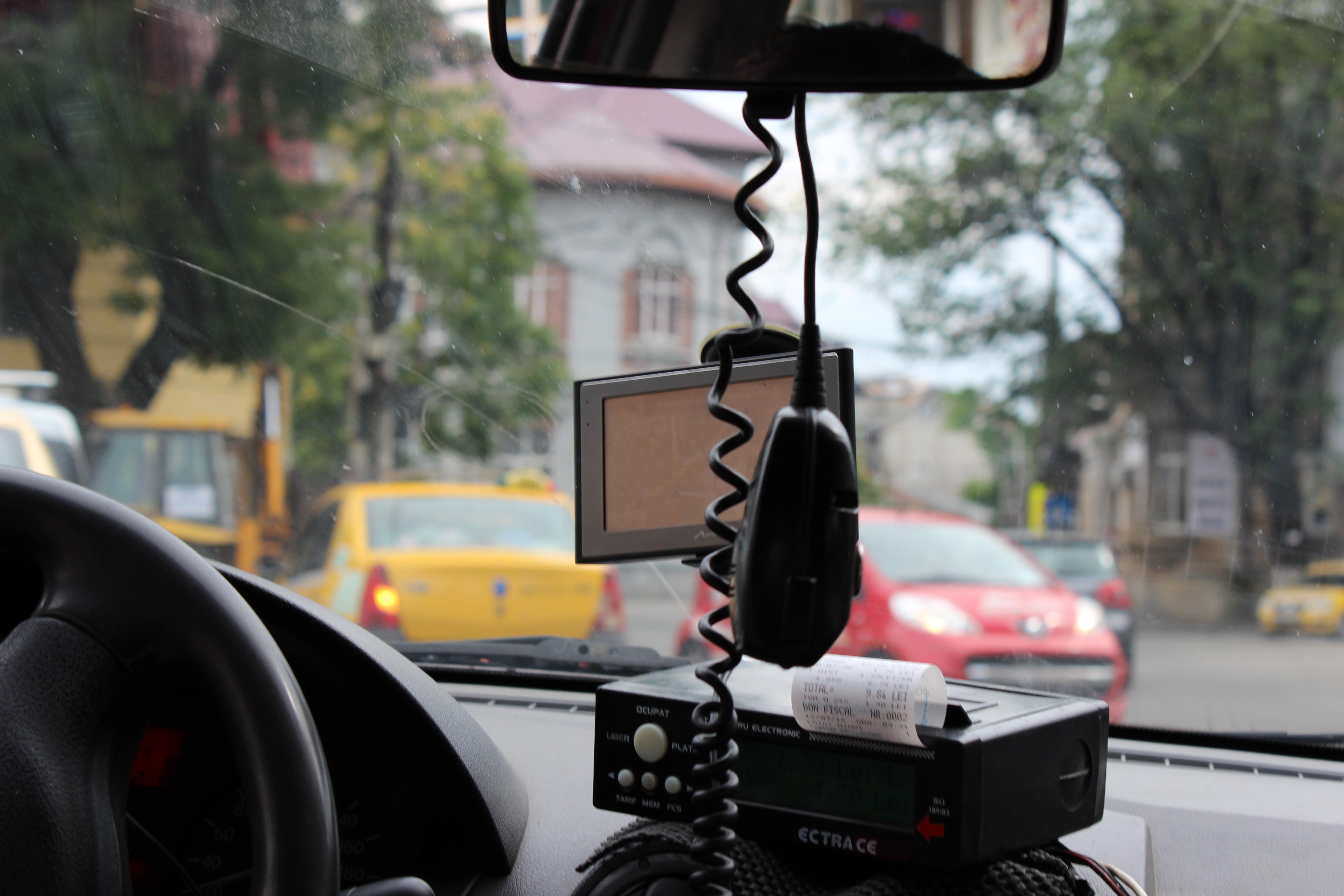 Bucureștiul, văzut din taxi