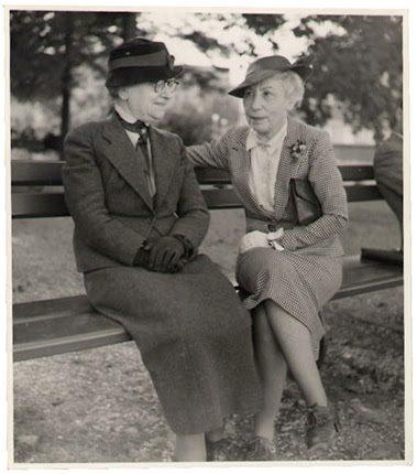 Berthe Weill in stanga, Foto: bertheweill.com