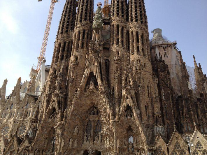 Catedrala Sagrada Familia, Foto: thetravelingtimes.wordpress.com