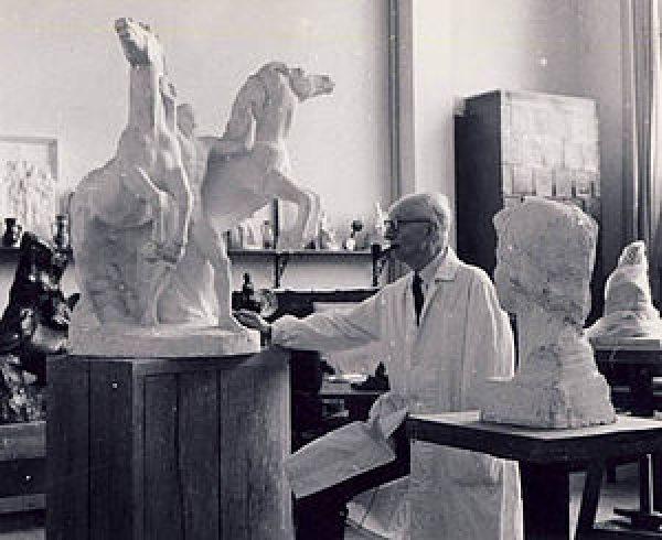 Sculptorul Ion Jalea, Foto: cultural.bzi.ro