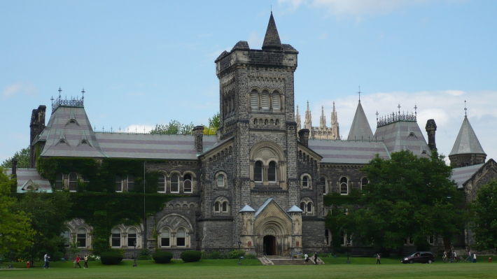 Universitatea din Toronto, Foto: afb2011.wordpress.com