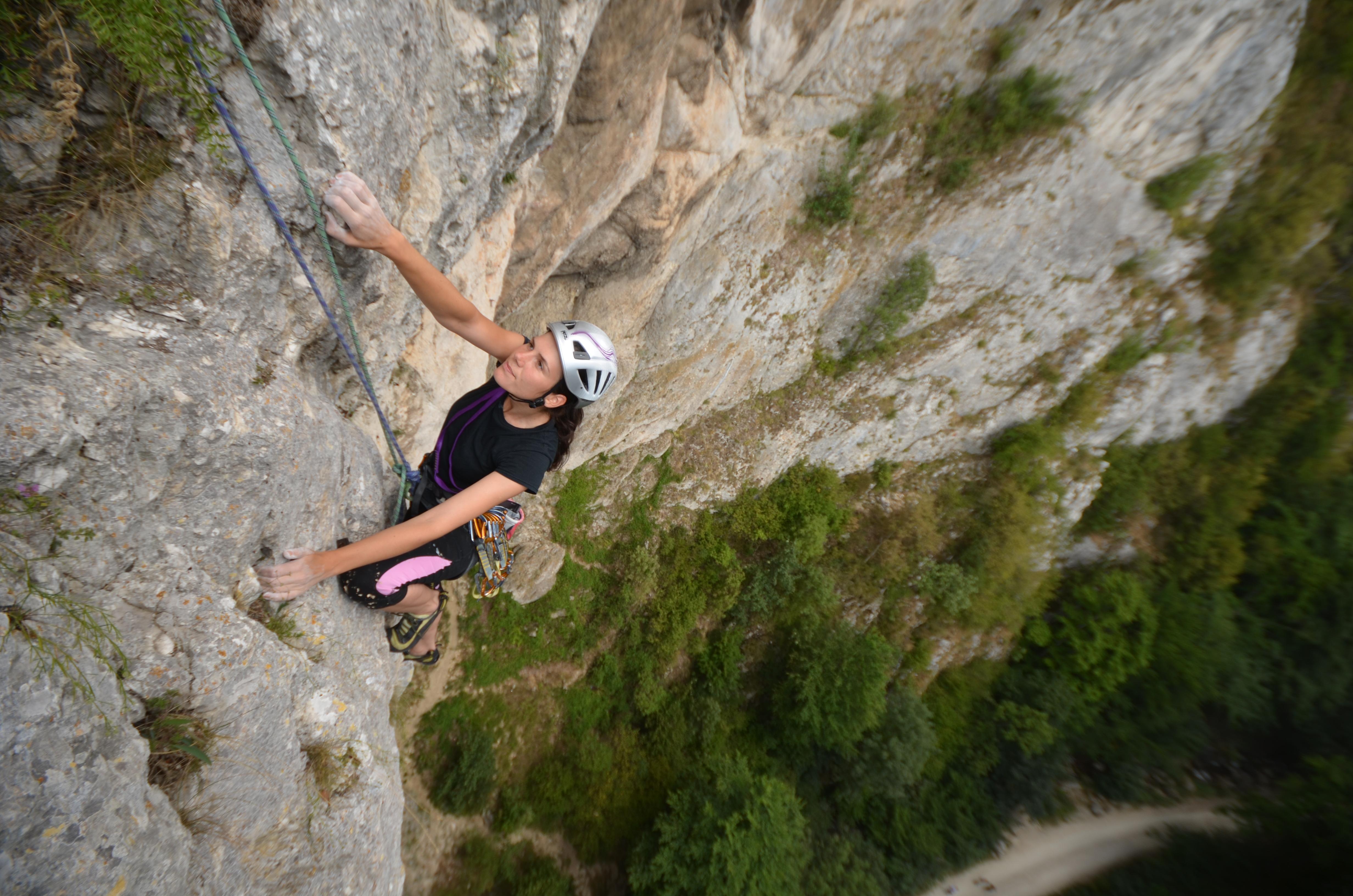 Ioana Acsinia, alpinista