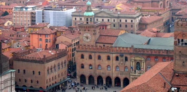 Bologna PlazzaMaggiore