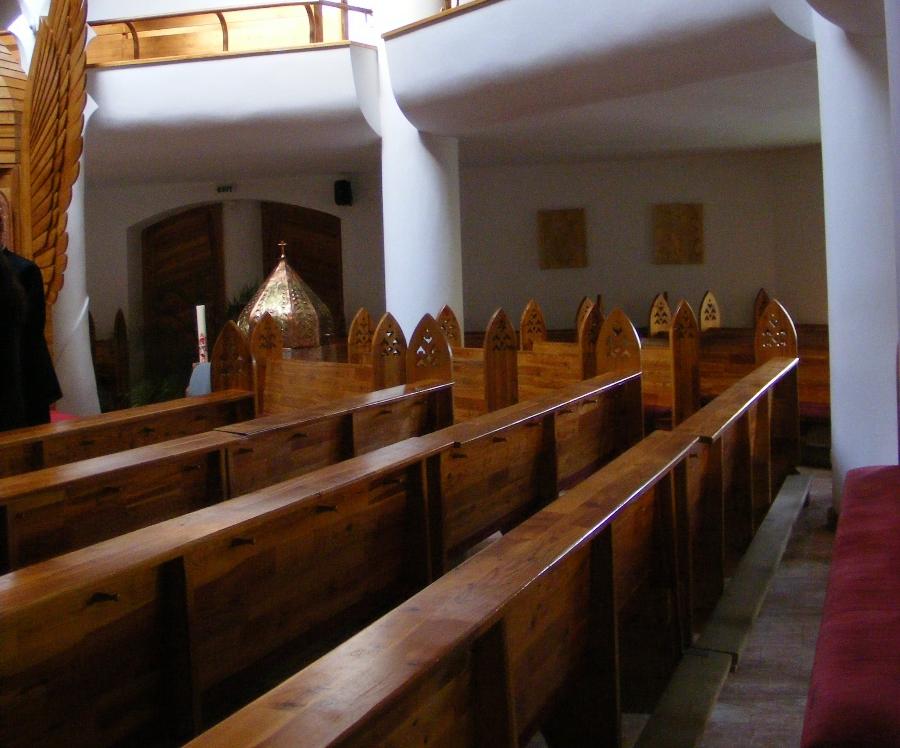 Biserica Milenium banci