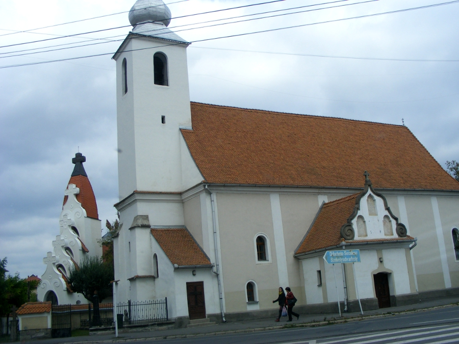 biserica Sfanta Cruce strada