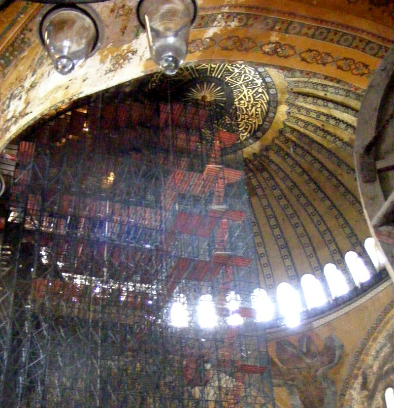 cupola cu ferestre