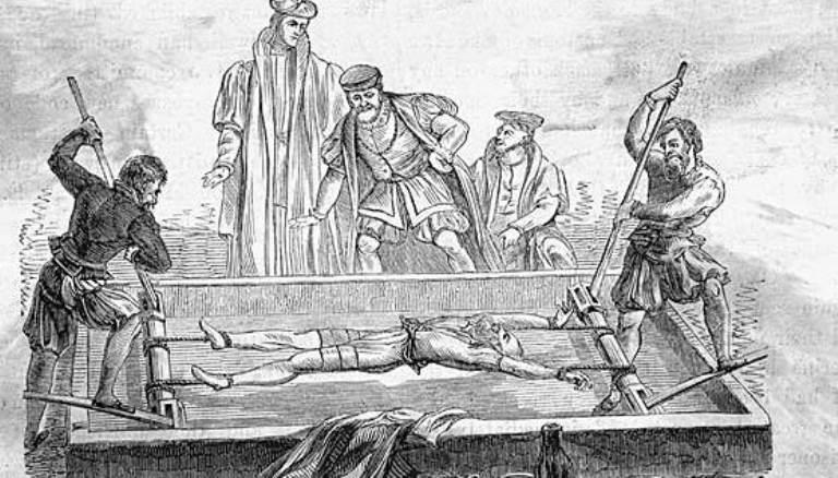 patul torturii