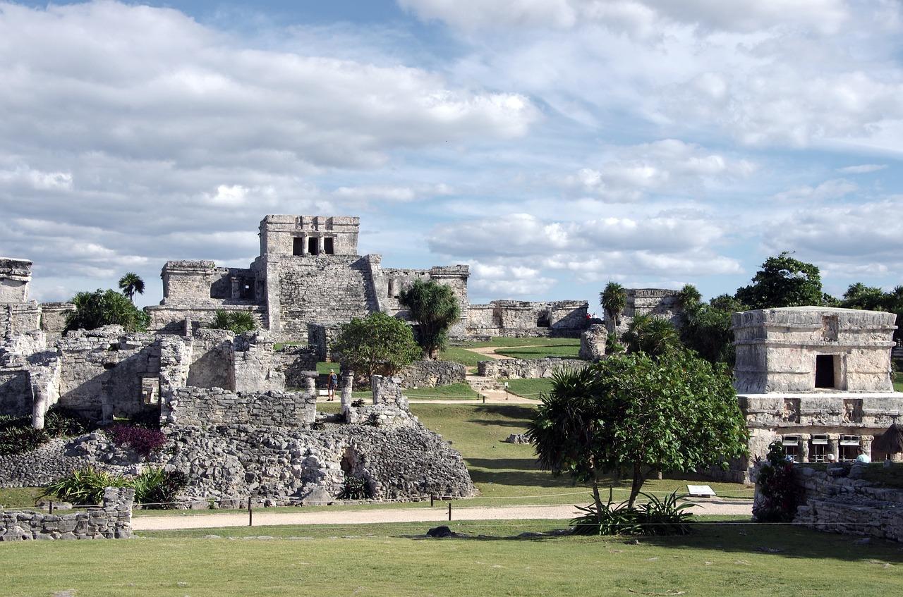 Civilizaţii antice – Maya11