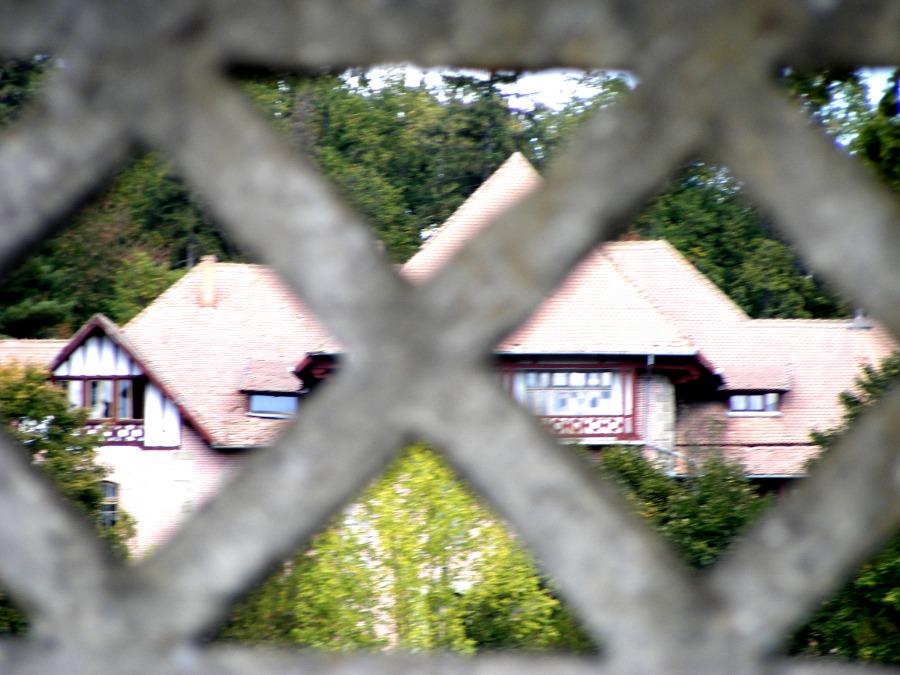 castel stirbei prin gard