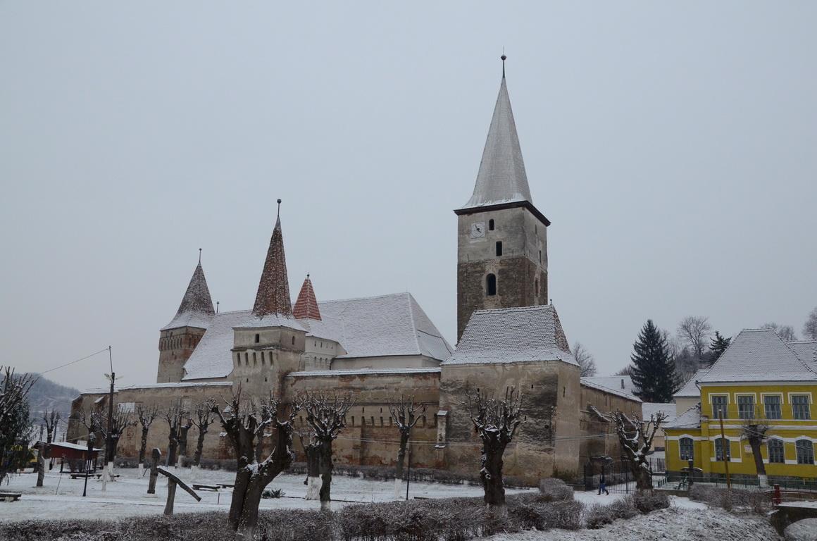 234 - Mosna - Biserica fortificata - 12.12.2013