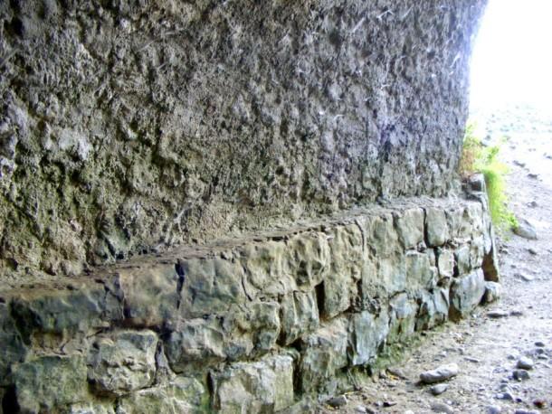 detaliu piatra pod borzesti