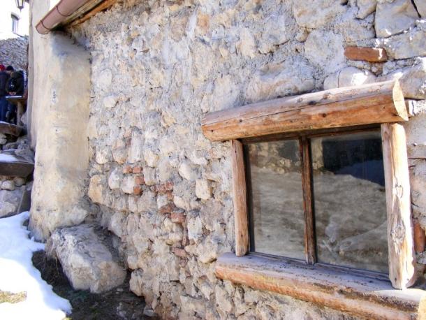casa cu fereastra cetatea rasnov