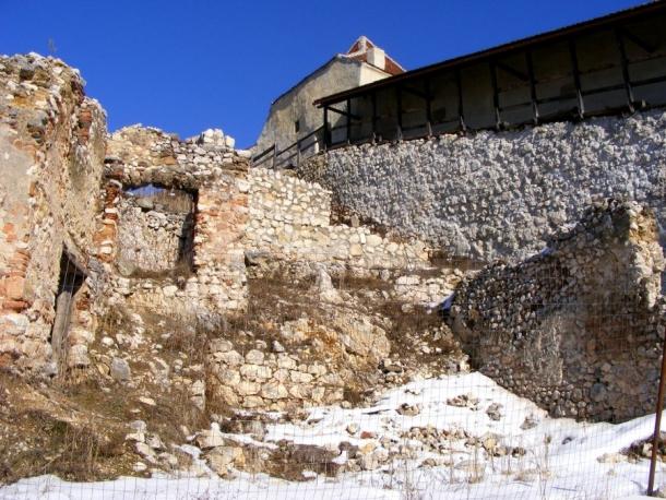 case cetatea rasnov